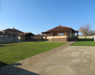 An excellent house in Slaveevo, Dobrich