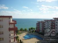 Furnished seafront apartment in St. Vlas