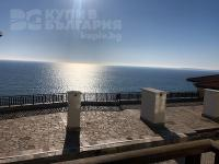 Four-bedroom, sea front apartment in St. Vlas