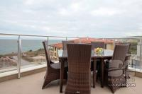Two bedroom apartment in Byala with a wide sea view